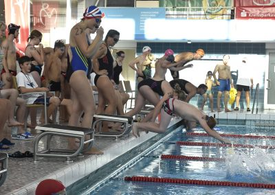3 Start des 24-Stunden Schwimmens